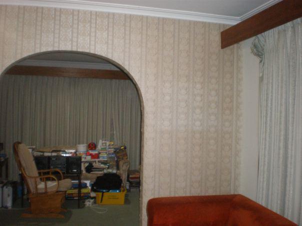 Living Room RHS - BEFORE