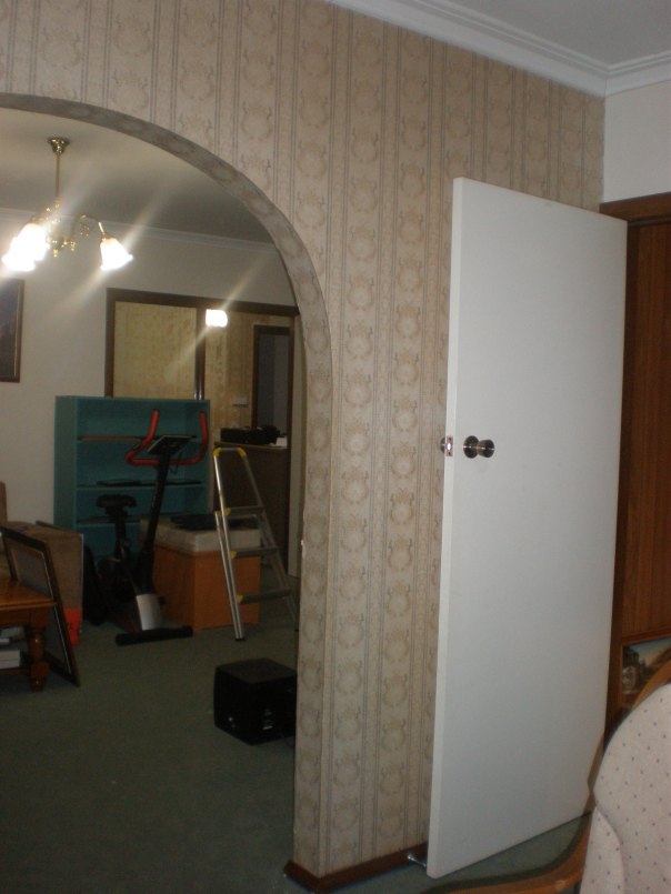 Play Room LHS - BEFORE